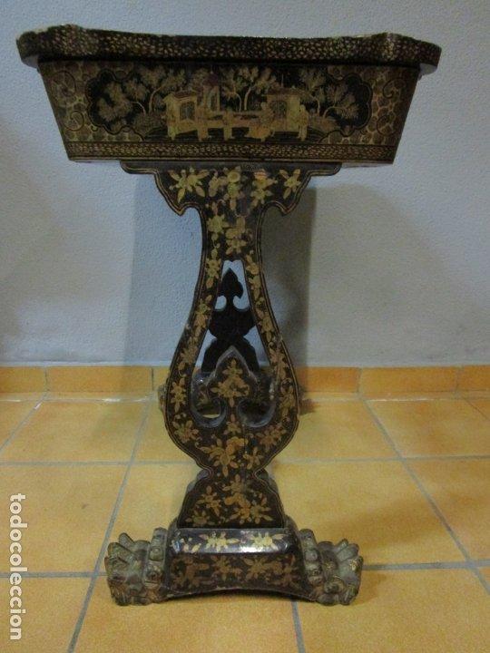 Antigüedades: Precioso Costurero - Madera Lacada y Dorada con Chinoiseries - Interior en Marfil y Espejo -S. XVIII - Foto 39 - 181594771