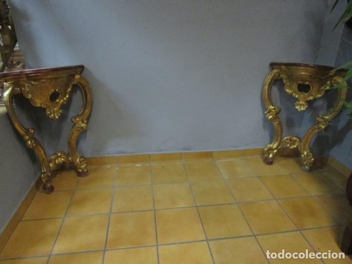 Antigüedades: Pareja de Consolas Rinconeras Barrocas - Carlos III - Madera Tallada y Dorada en Pan de Oro S. XVIII - Foto 13 - 181599410