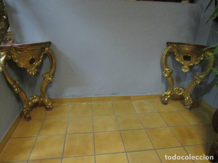 Antigüedades: Pareja de Consolas Rinconeras Barrocas - Carlos III - Madera Tallada y Dorada en Pan de Oro S. XVIII - Foto 20 - 181599410