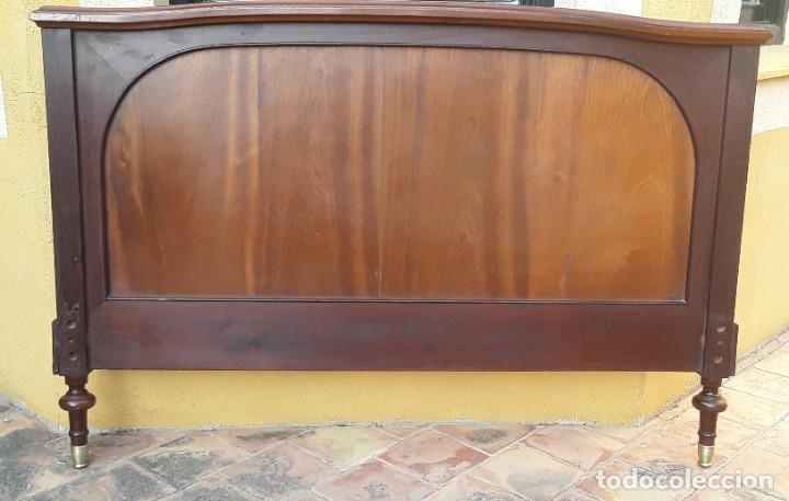 Antigüedades: Habitación completa caoba, de J.M.Busquets (Girona). Años 30. Cama,mesilla ,armario y sillas. - Foto 7 - 181602880