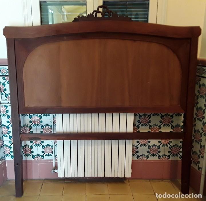 Antigüedades: Habitación completa caoba, de J.M.Busquets (Girona). Años 30. Cama,mesilla ,armario y sillas. - Foto 8 - 181602880