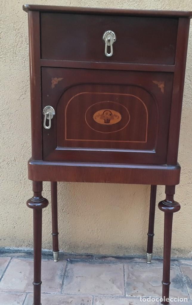 Antigüedades: Habitación completa caoba, de J.M.Busquets (Girona). Años 30. Cama,mesilla ,armario y sillas. - Foto 25 - 181602880
