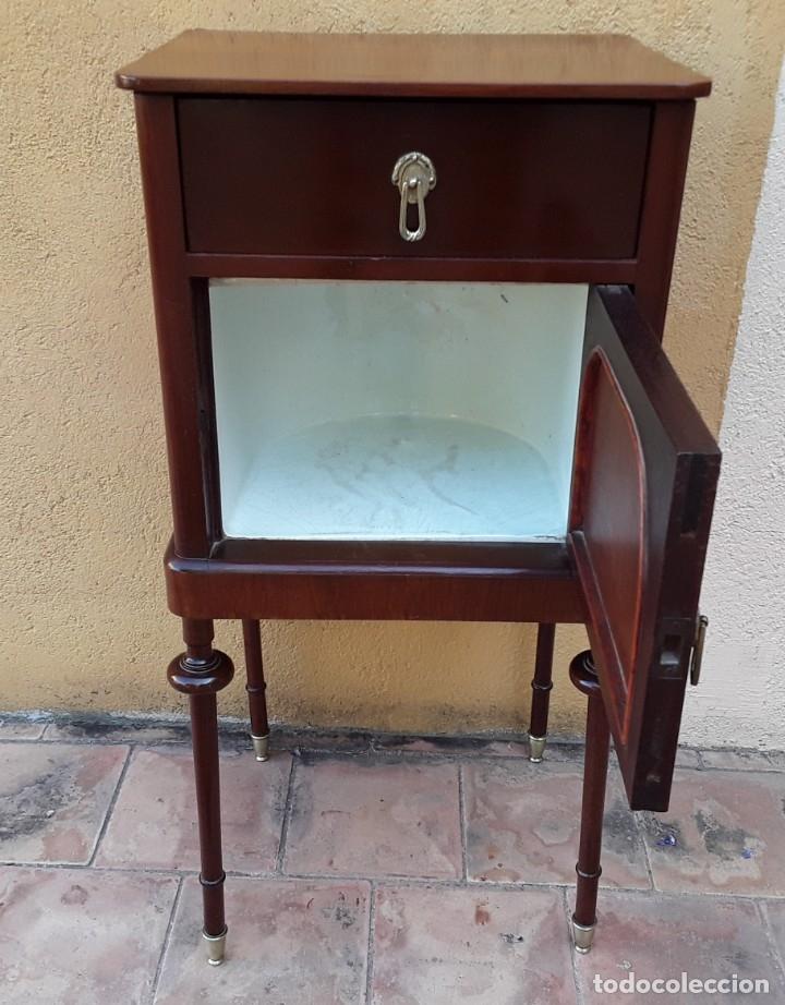 Antigüedades: Habitación completa caoba, de J.M.Busquets (Girona). Años 30. Cama,mesilla ,armario y sillas. - Foto 27 - 181602880