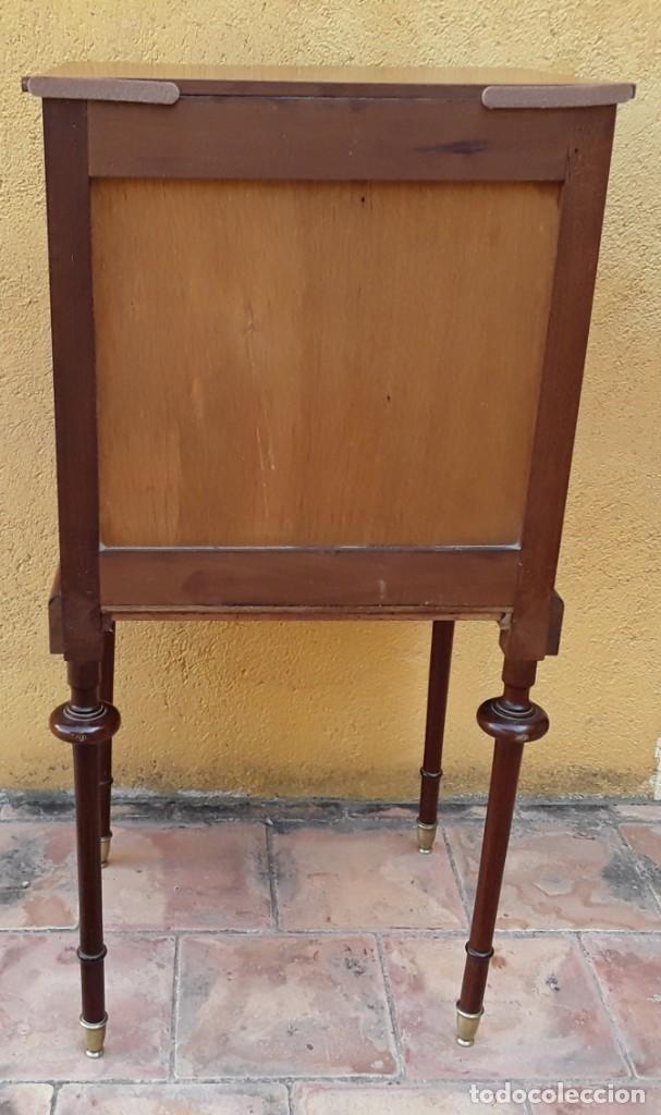 Antigüedades: Habitación completa caoba, de J.M.Busquets (Girona). Años 30. Cama,mesilla ,armario y sillas. - Foto 28 - 181602880