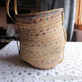 Antigüedades: CAPAZO DE PLAYA DE MIMBRE DE MUJER - Foto 2 - 181610777