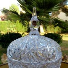 Antigüedades: BOMBONERA DE CRISTAL AUSTRIACO - DE GRAN TAMAÑO. Lote 181703058