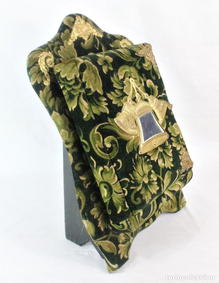 Antigüedades: Album modernista de sobremesa, es a su vez espejo, velvet bronce ligero s XIX Barcelona Art Nouveau - Foto 3 - 181705767