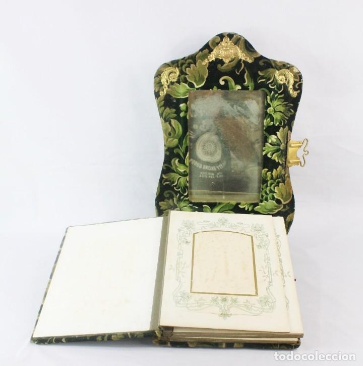 Antigüedades: Album modernista de sobremesa, es a su vez espejo, velvet bronce ligero s XIX Barcelona Art Nouveau - Foto 8 - 181705767