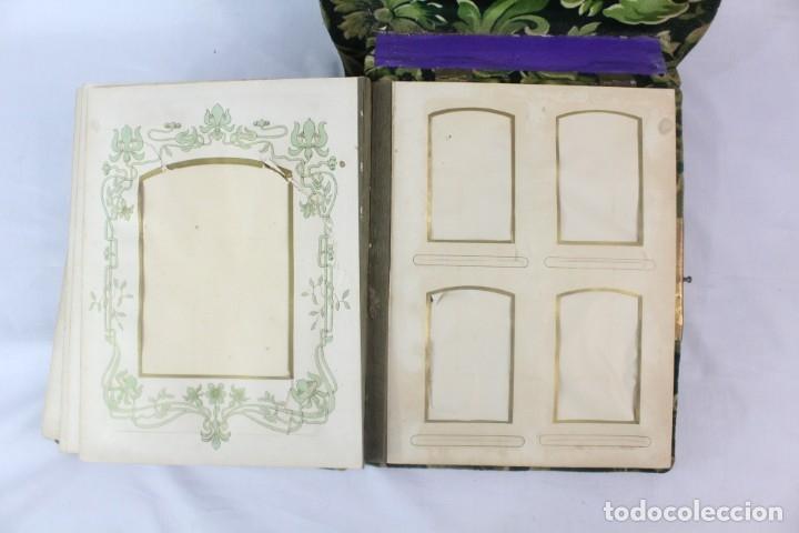 Antigüedades: Album modernista de sobremesa, es a su vez espejo, velvet bronce ligero s XIX Barcelona Art Nouveau - Foto 12 - 181705767