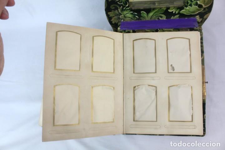 Antigüedades: Album modernista de sobremesa, es a su vez espejo, velvet bronce ligero s XIX Barcelona Art Nouveau - Foto 13 - 181705767