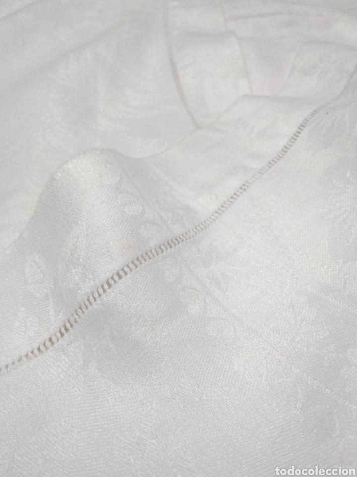 Antigüedades: Mantel de hilo adamascado siglo XIX 160 x 240 cm con servilletas - Foto 2 - 181721815
