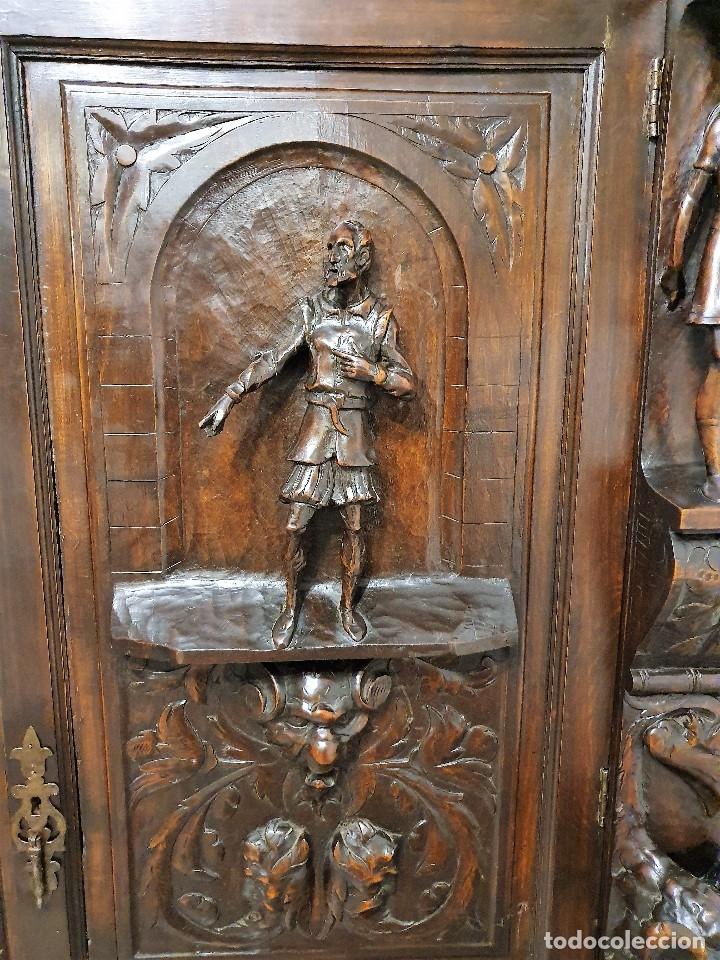 Antigüedades: DESPACHO ANTIGUO TALLADO ESTILO RENACIMIENTO ESPAÑOL - Foto 9 - 181743983