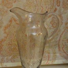 Antiquités: JARRA DE CRISTAL SOPLADO Y TALLADO. ALTURA 31 CM. PESO 1235 GRAMOS. Lote 181744867