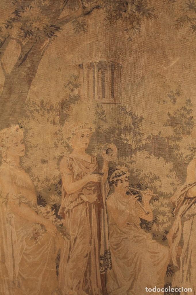 Antigüedades: Gran tapiz Gobelinos después Lionel Peraux - ca 1900 - Escena griega - 180x150cms - Foto 2 - 181745212