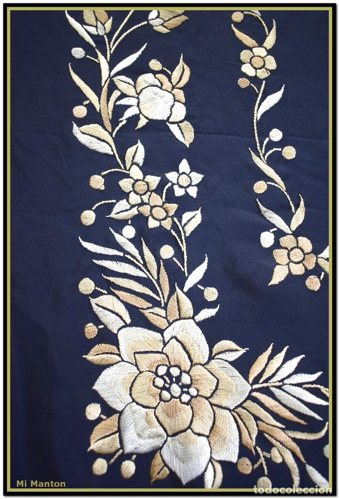 Antigüedades: Mi Mantón. Manton de Manila seda bordado a mano seda 150x150cm mas enrejado y flecos - Foto 7 - 181767017