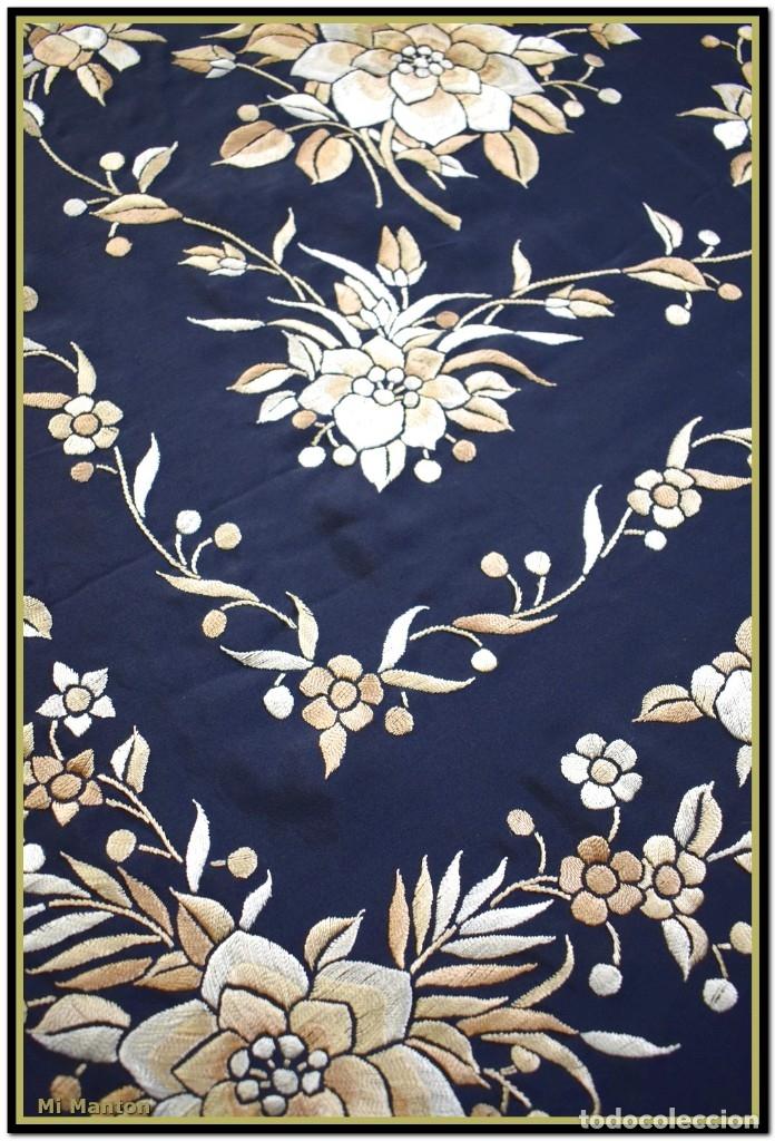 Antigüedades: Mi Mantón. Manton de Manila seda bordado a mano seda 150x150cm mas enrejado y flecos - Foto 8 - 181767017