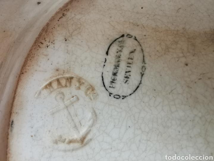 Antigüedades: BANDEJA de la Cartuja de Sevilla Pickman & CIA con dos sellos 32 x 26 cms. finales de S. XIX (Ancla) - Foto 7 - 181778841