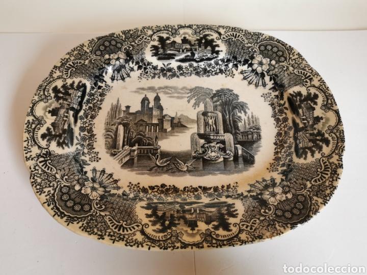 BANDEJA DE LA CARTUJA DE SEVILLA PICKMAN & CIA CON DOS SELLOS 32 X 26 CMS. FINALES DE S. XIX (ANCLA) (Antigüedades - Porcelanas y Cerámicas - La Cartuja Pickman)