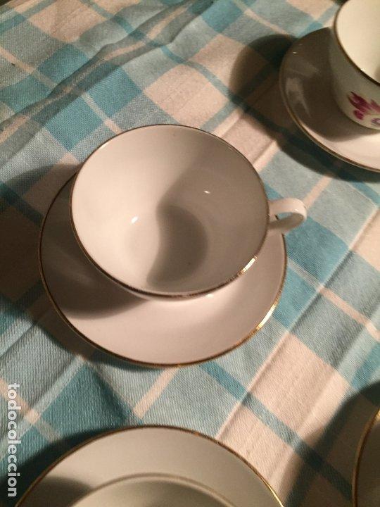 Antigüedades: Antiguo juego de café de porcelana tazas y tetera con bonito dibujo floral años 40-50 - Foto 17 - 181791473