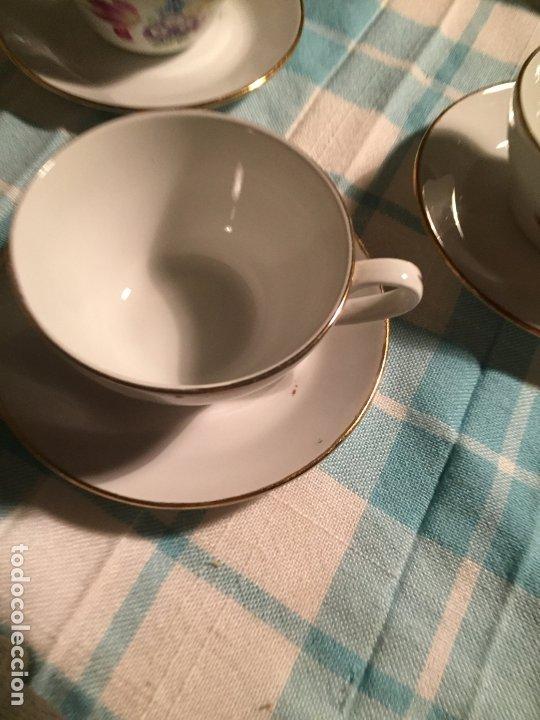 Antigüedades: Antiguo juego de café de porcelana tazas y tetera con bonito dibujo floral años 40-50 - Foto 18 - 181791473