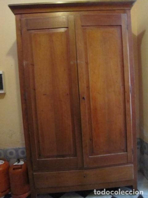 ARMARIO ANTIGUO DE CEREZO (Antigüedades - Muebles Antiguos - Armarios Antiguos)