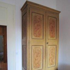 Antigüedades: ARMARIO ANTIGUO DE RAIZ. Lote 181880848