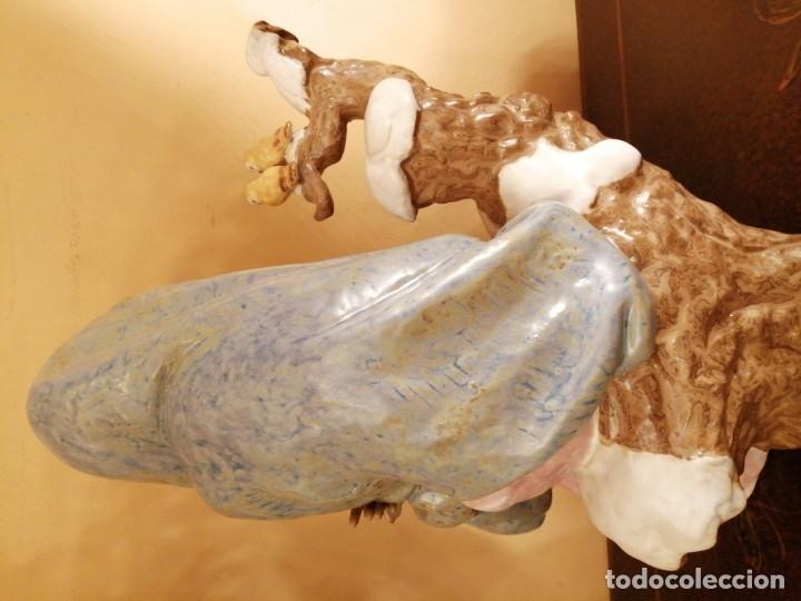 Antigüedades: Joven sentada con pajaritos 24 cm s alt. Porc. Lladro - Foto 2 - 181903653