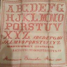 Antigüedades: TRABAJO BORDADO COSTURA, FECHADO Y DEDICADO. PRINCIPIOS SIGLO XX. 1916. Lote 181956178