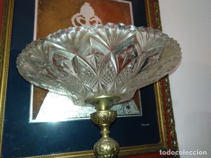 Antigüedades: Centro de mesa frutero metal y cristal o vidrio tallado - Foto 3 - 181957516