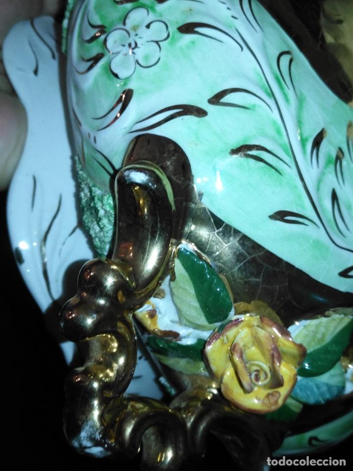 Antigüedades: Centro de mesa Pereiras Valado made in Portugal sellada sopera floral oro - Foto 10 - 181958076