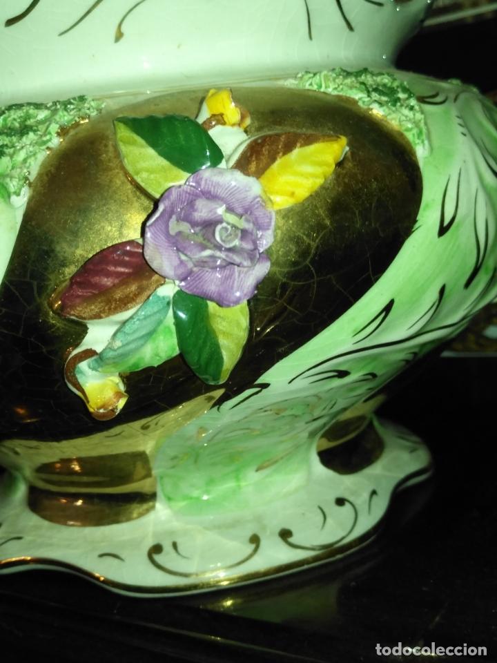 Antigüedades: Centro de mesa Pereiras Valado made in Portugal sellada sopera floral oro - Foto 13 - 181958076