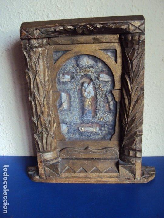(ANT-191100)ANTIGUO RELICARIO ARTESANAL MADERA Y CRISTAL - 8 RELIQUIAS (Antigüedades - Religiosas - Relicarios y Custodias)