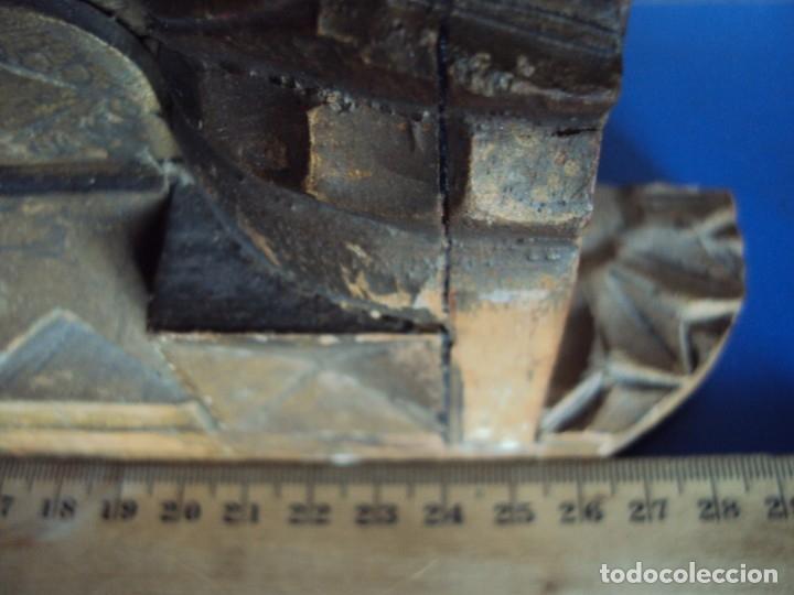Antigüedades: (ANT-191100)ANTIGUO RELICARIO ARTESANAL MADERA Y CRISTAL - 8 RELIQUIAS - Foto 4 - 182002405