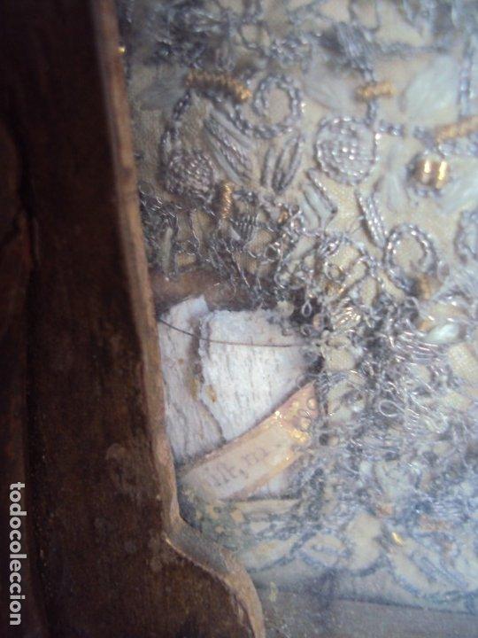 Antigüedades: (ANT-191100)ANTIGUO RELICARIO ARTESANAL MADERA Y CRISTAL - 8 RELIQUIAS - Foto 11 - 182002405