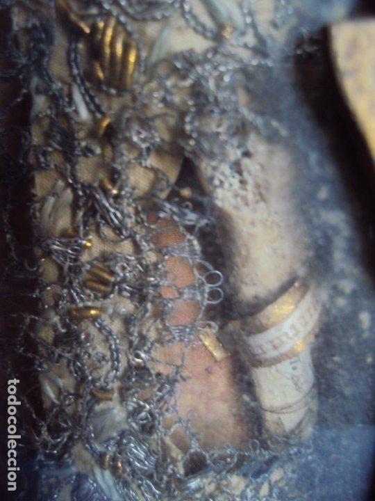 Antigüedades: (ANT-191100)ANTIGUO RELICARIO ARTESANAL MADERA Y CRISTAL - 8 RELIQUIAS - Foto 14 - 182002405