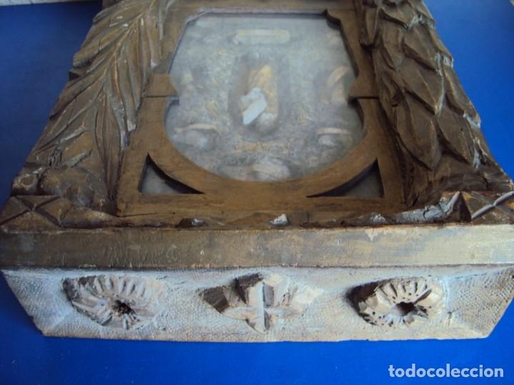Antigüedades: (ANT-191100)ANTIGUO RELICARIO ARTESANAL MADERA Y CRISTAL - 8 RELIQUIAS - Foto 17 - 182002405