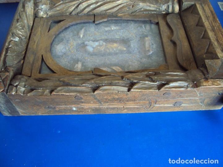 Antigüedades: (ANT-191100)ANTIGUO RELICARIO ARTESANAL MADERA Y CRISTAL - 8 RELIQUIAS - Foto 18 - 182002405