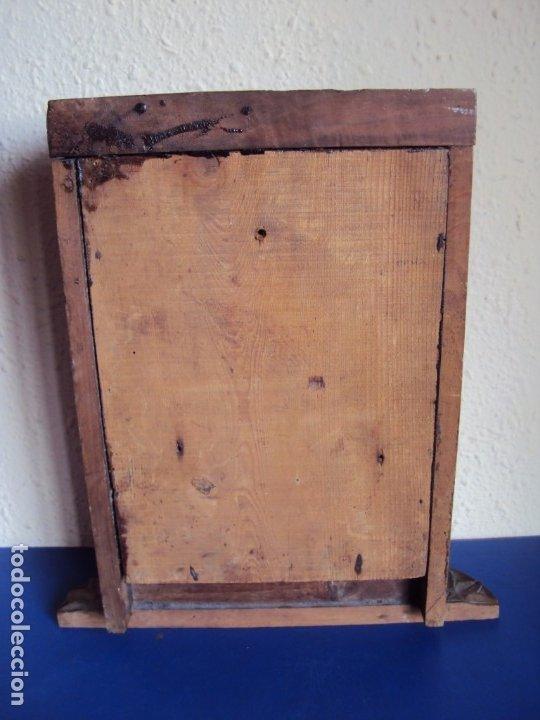 Antigüedades: (ANT-191100)ANTIGUO RELICARIO ARTESANAL MADERA Y CRISTAL - 8 RELIQUIAS - Foto 20 - 182002405