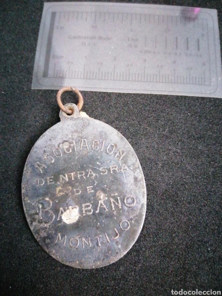 Antigüedades: Antigua Medalla Virgen de Barbaño Montijo - Foto 2 - 182018741