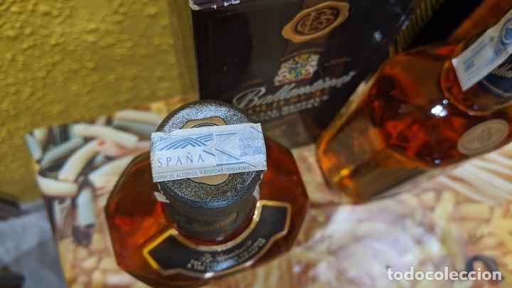 Antigüedades: whisky ballantines diferentes epocas, - Foto 4 - 182037990
