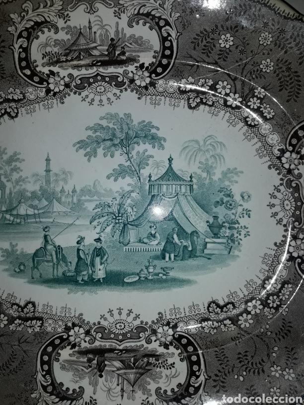 Antigüedades: Preciosa y antigua fuente de porcelana bicolor Medina TG - Foto 2 - 182044458