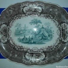 Antigüedades: PRECIOSA Y ANTIGUA FUENTE DE PORCELANA BICOLOR MEDINA TG. Lote 182044458