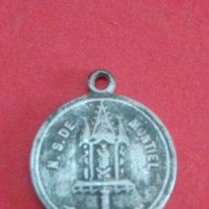 Antigüedades: MEDALLA DE NTRA. SRA. DE MONTIEL. CIUDAD REAL. 1,5 CM DE DIÁMETRO.. Lote 182072613