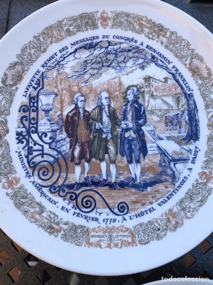 Antigüedades: Lote de 2 platos porcelana de limoges, numerada - Foto 7 - 182077306