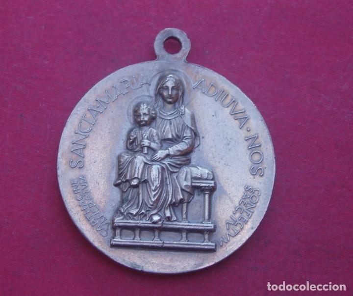Antigüedades: Medalla de La Virgen y el Beato Lucien Botovasoa de Africa. - Foto 2 - 182086696