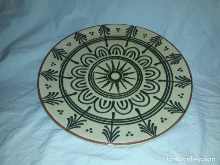 Antigüedades: Bello antiguo plato cerámica Juan Bertrán Iberia Barcelona 85 - Foto 4 - 182094457