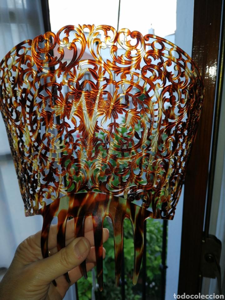 Antigüedades: Preciosa y finisima peina tallada a mano - Foto 2 - 182110512