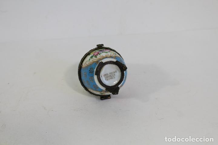 Antigüedades: huevo Caja de porcelana de Limoges pintada a mano. - Foto 2 - 182137701