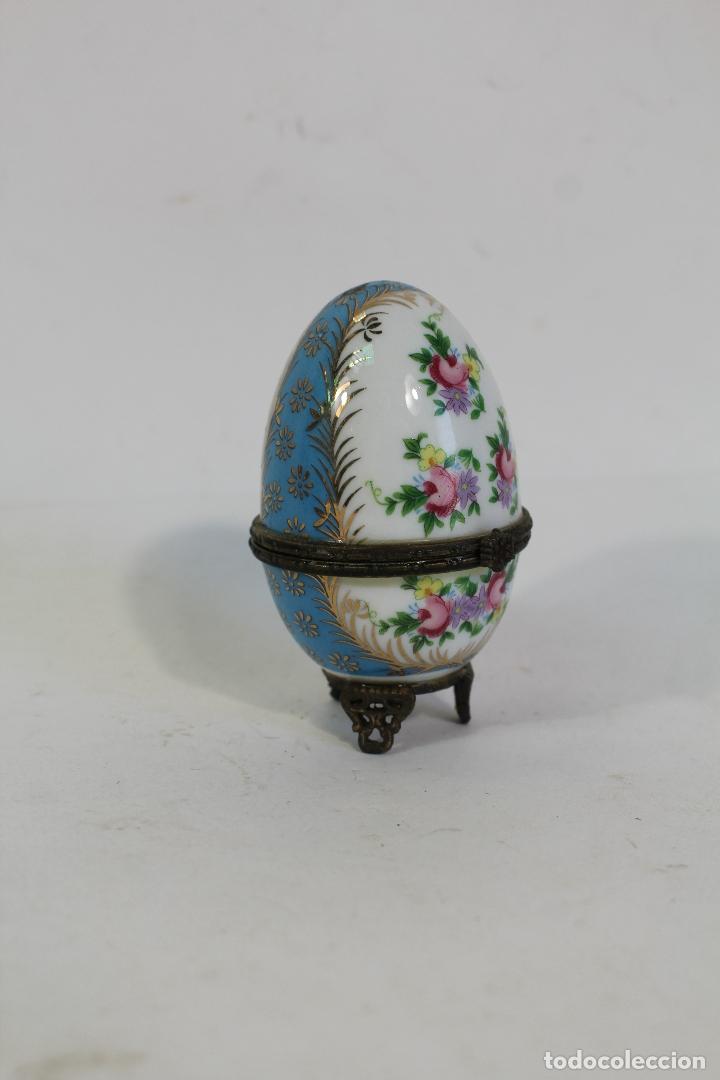 Antigüedades: huevo Caja de porcelana de Limoges pintada a mano. - Foto 5 - 182137701