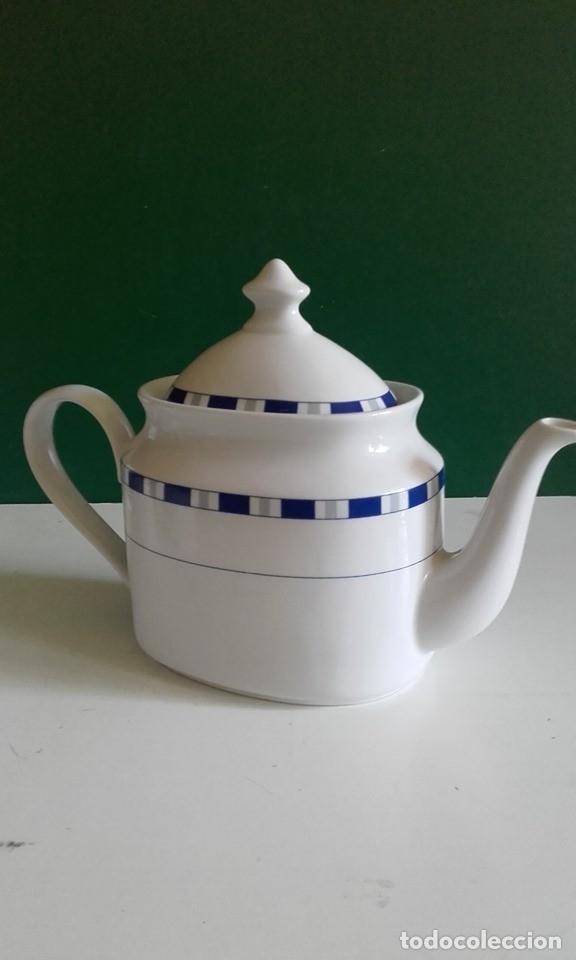 Antigüedades: JUEGO DE CAFÉ DE PORCELANA FINA / 8 TAZAS, 8 PLATOS, CAFETERA, LECHERA /NUEVO - Foto 3 - 182169411